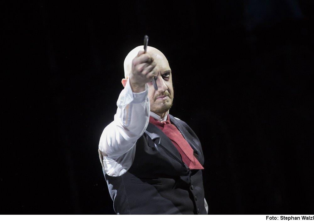 """""""Sweeney Todd"""", Foto: Stephan Walzl"""